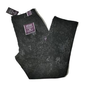 Gloria Vanderbilt Slimming Amanda Jeans